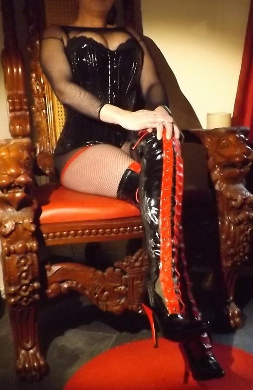 Mistress Islya - Manchester Mistress