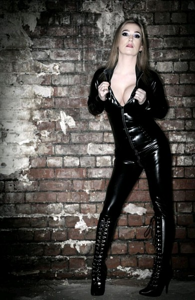 Mistress Luci White - Manchester Mistress
